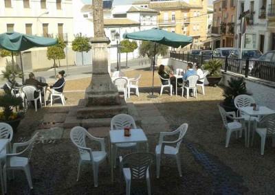 Terraza Bar la Cruz de la Barrera en Lucena